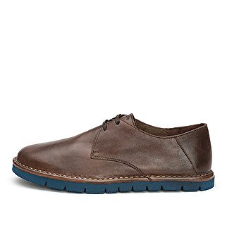 Unlined leather derby