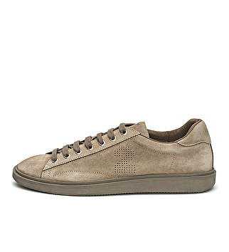 Block color washed suede sneaker