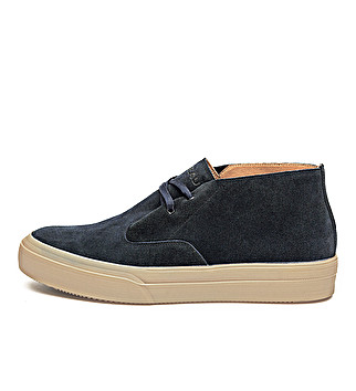 Suede expanding lacing ankle boot