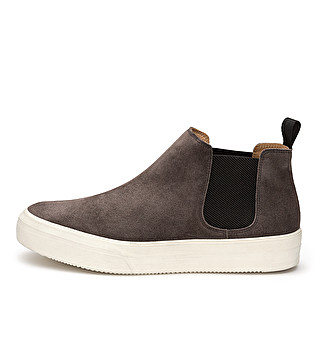 Suede sporty beatles