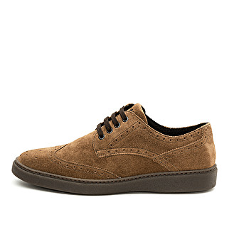 Suede casual lace up with dovetail design