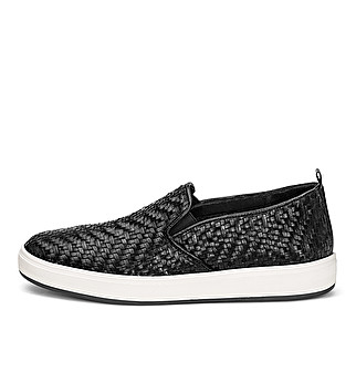 Unlined hand-braided leather slip-on