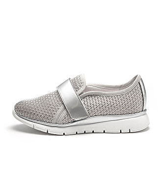 Tricot slip-ons