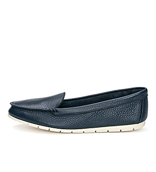 Extra flexible leather loafer