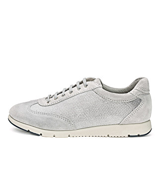 Leather and fabric sneaker