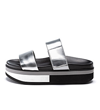 Leather platform sliders