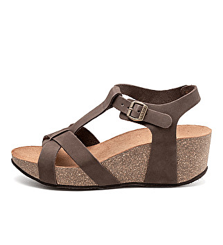 Nubuck strappy sandals