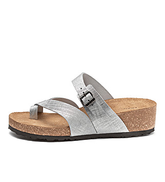 Shiny printed leather toe-post sandals