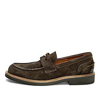 Suede loafer with leather welt