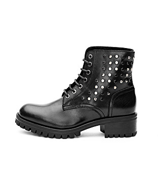 Leather combat boot with studs