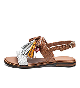 Sandals w/ multi-coloured leather tassels