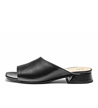 Leather minimal-chic mules