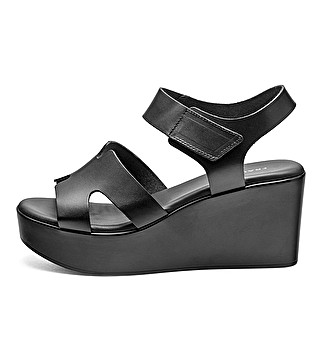 Wedge keather sandals w/ strap