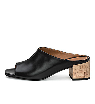 Leather sabot sandal