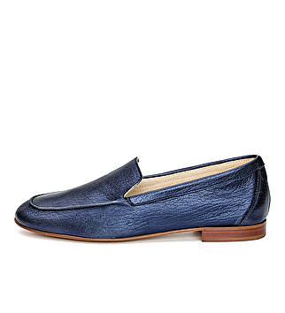 Laminated leather loafer