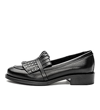 Leather loafer with fringe and studs